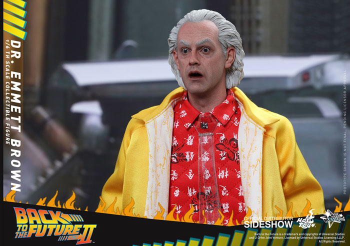 back-to-the-future-2-dr-emmett-brown-hot-toys-figure-5