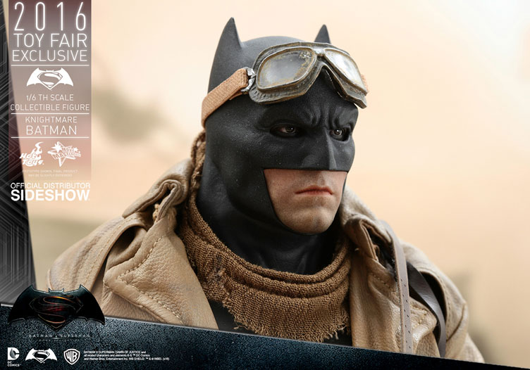 hot-toys-knightmare-batman-sixth-scale-figure-3