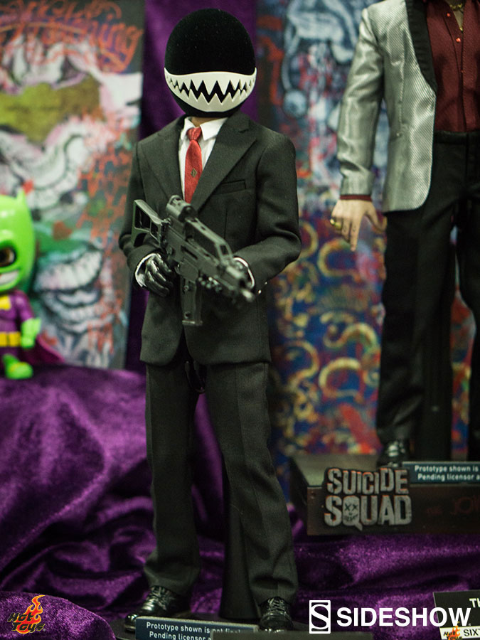 hot-toys-suicide-squad-figure