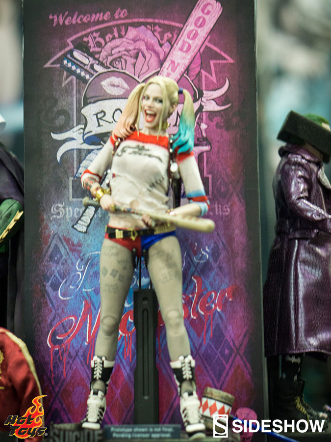 hot-toys-suicide-squad-harley-quinn-figure