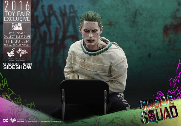 hot-toys-suicide-squad-joker-arkham-asylum-figure-1