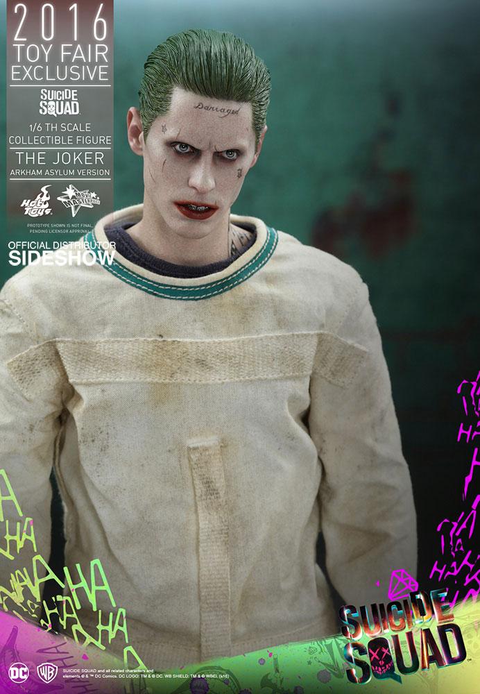 hot-toys-suicide-squad-joker-arkham-asylum-figure-5
