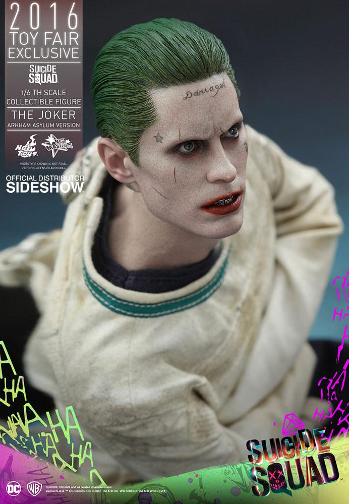 hot-toys-suicide-squad-joker-arkham-asylum-figure-6