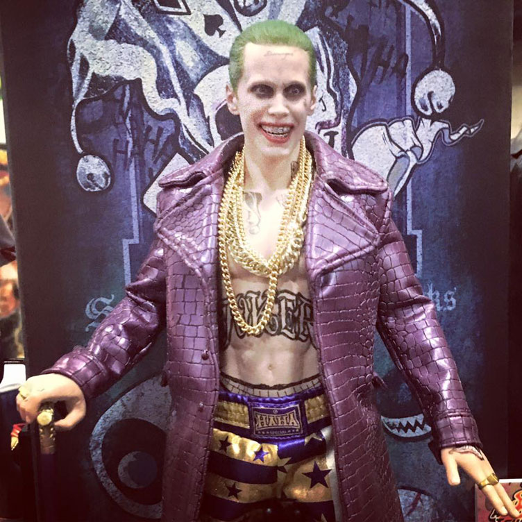 hot-toys-suicide-squad-the-joker-figure