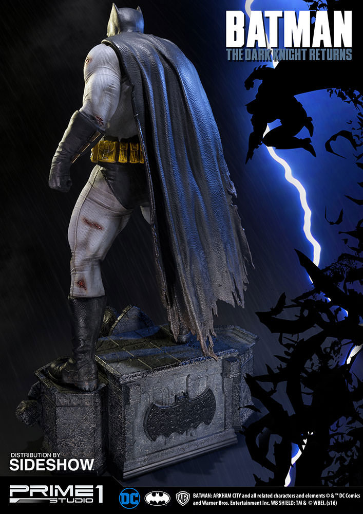 batman-the-dark-knight-returns-statue-prime-1-studio-12