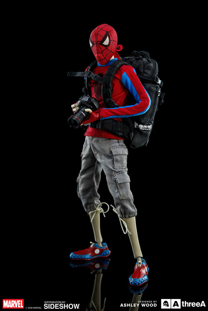 peter-parker-and-spider-man-action-figures-threea-toys-6
