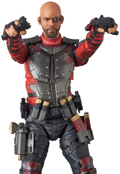 suicide-squad-deadshot-mafex-action-figure-8