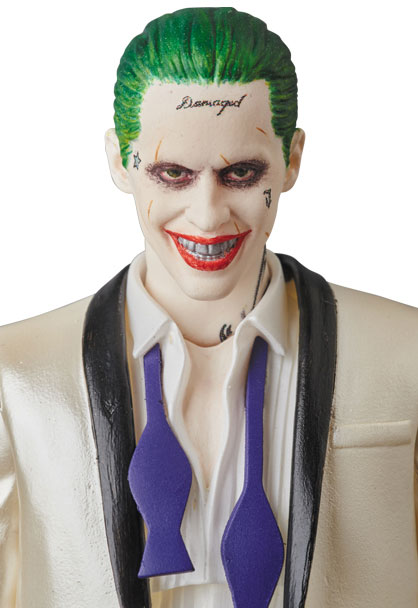 suicide-squad-the-joker-suit-MAFEX-action-figure-6