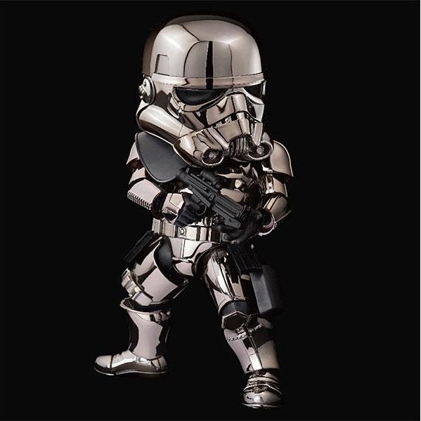 beast-kingdom-star-wars-chrome-stormtrooper-3