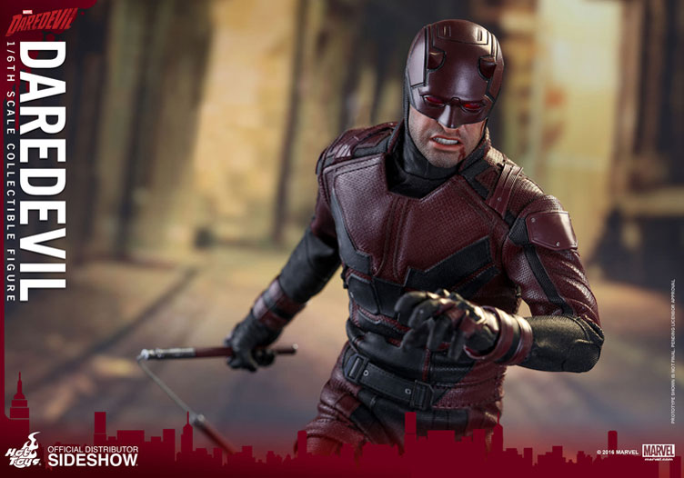 hot-toys-daredevil-netflix-sixth-scale-figure-5