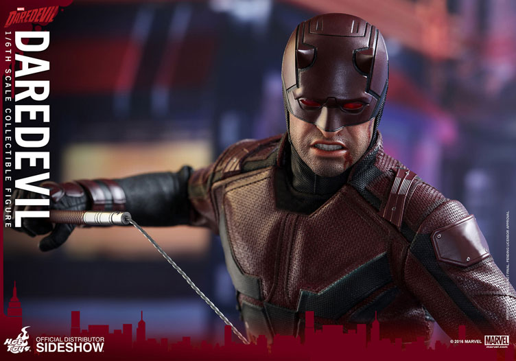 hot-toys-daredevil-netflix-sixth-scale-figure-6