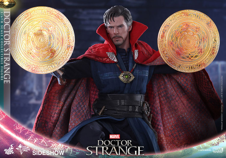 hot-toys-doctor-strange-sixth-scale-figure-2