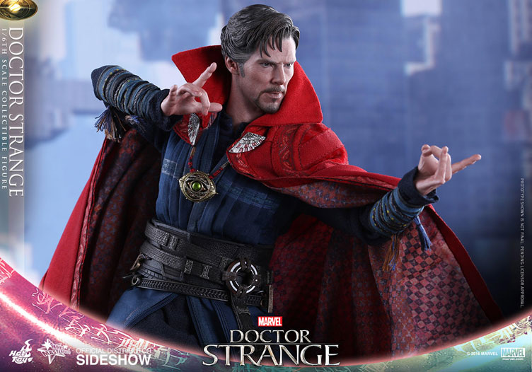 hot-toys-doctor-strange-sixth-scale-figure-4