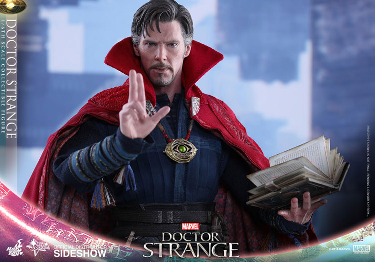 hot-toys-doctor-strange-sixth-scale-figure-6