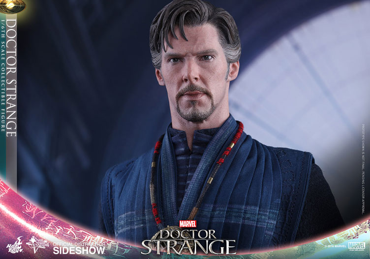 hot-toys-doctor-strange-sixth-scale-figure-7
