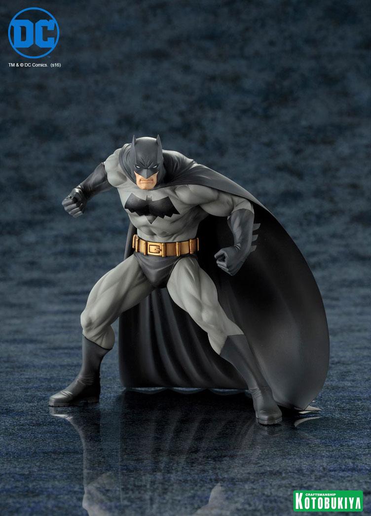 kotobukiya-batman-statue-1