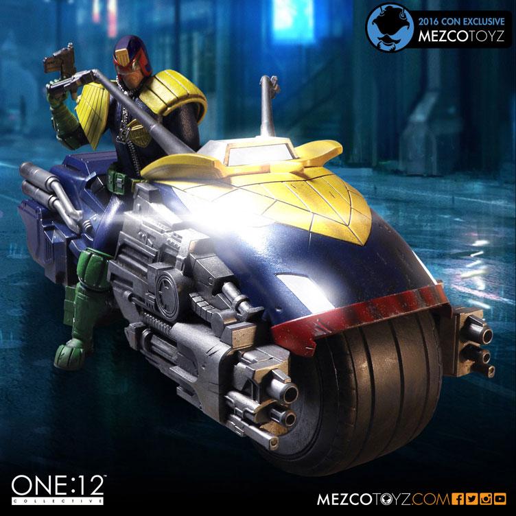 mezco-toyz-judge-dredd-2016-new-york-comic-con-exclusive