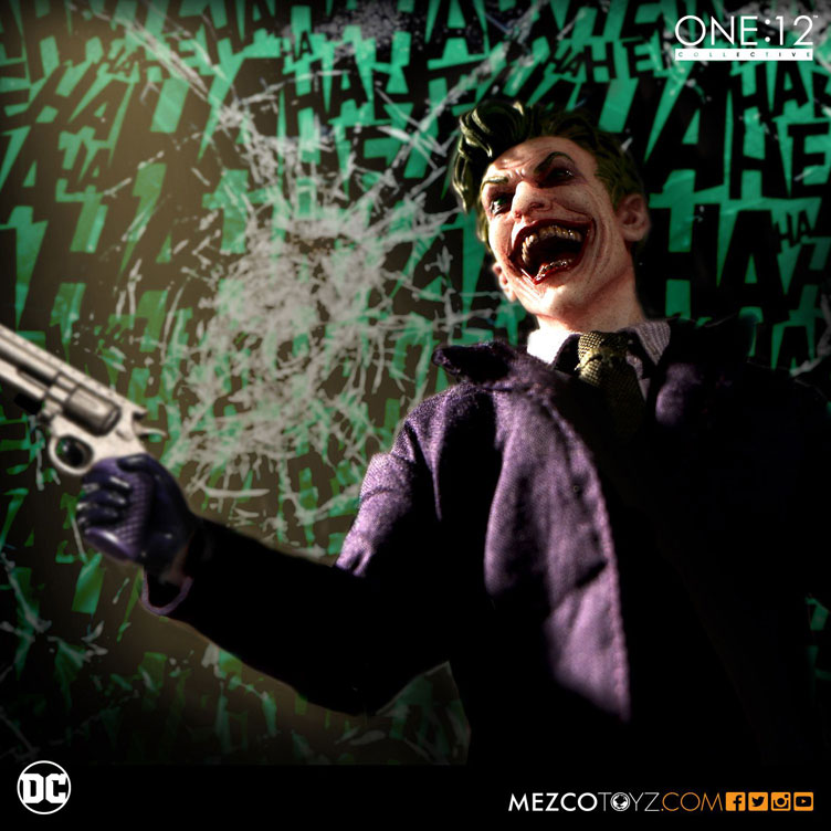 the-joker-one-12-collective-action-figure-mezco-toyz-4