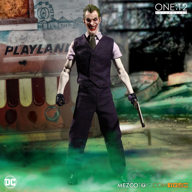 the-joker-one-12-collective-action-figure-mezco-toyz-6