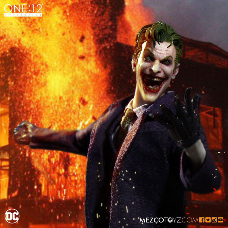 the-joker-one-12-collective-action-figure-mezco-toyz-7