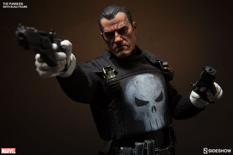 the-punisher-sixth-scale-figure-sideshow-3