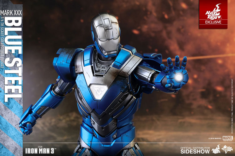 hot-toys-iron-man-mark-xxx-blue-steel-figure-4
