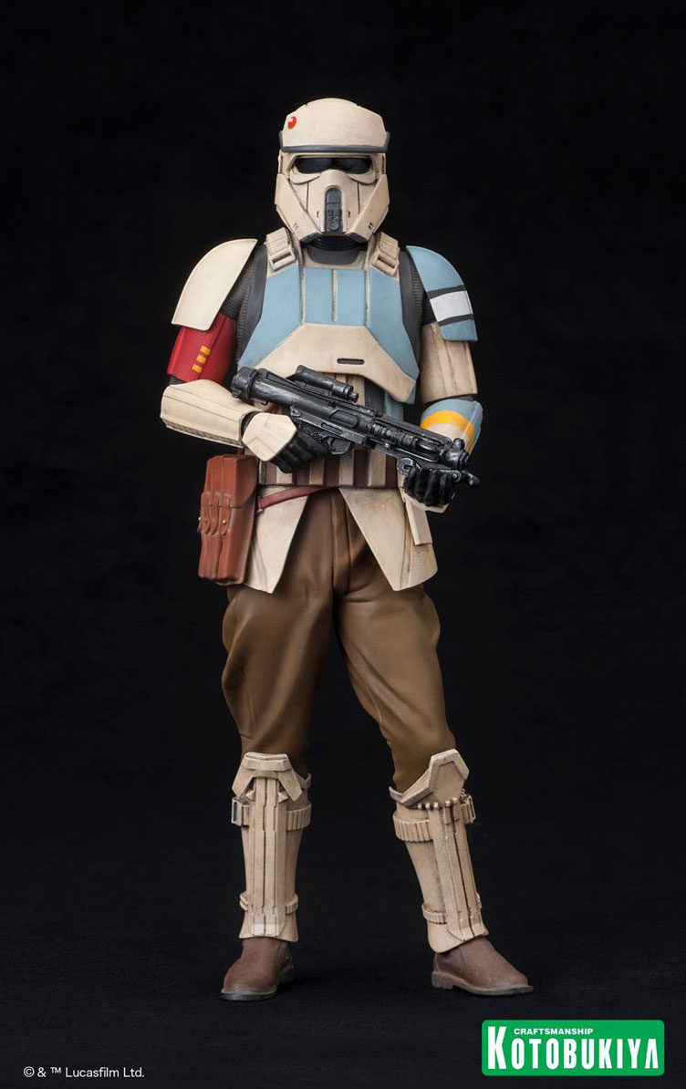 kotobukiya-star-wars-rogue-one-scarif-stormtrooper-artfx-statues-3