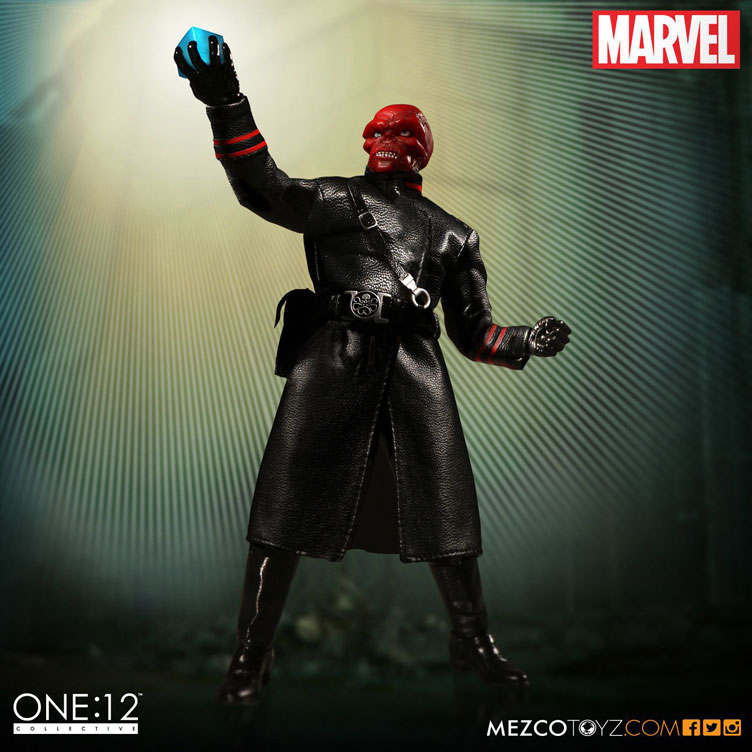 red-skull-mezco-one-12-figure-4
