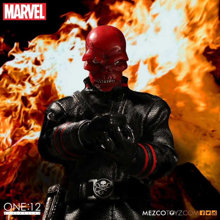 red-skull-mezco-one-12-figure-7