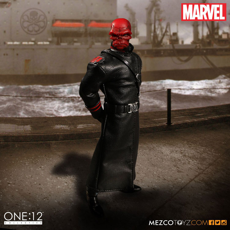 red-skull-mezco-one-12-figure-8