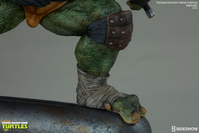 sideshow-tmnt-raphael-statue-13