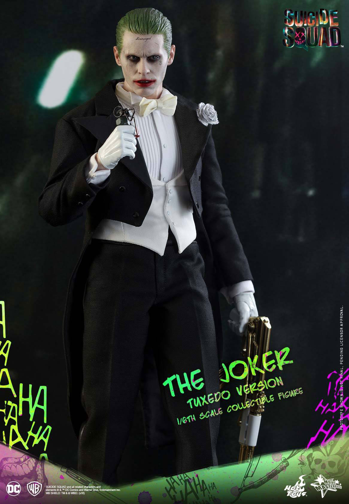 suicide-squad-hot-toys-joker-tuxedo-figure-14