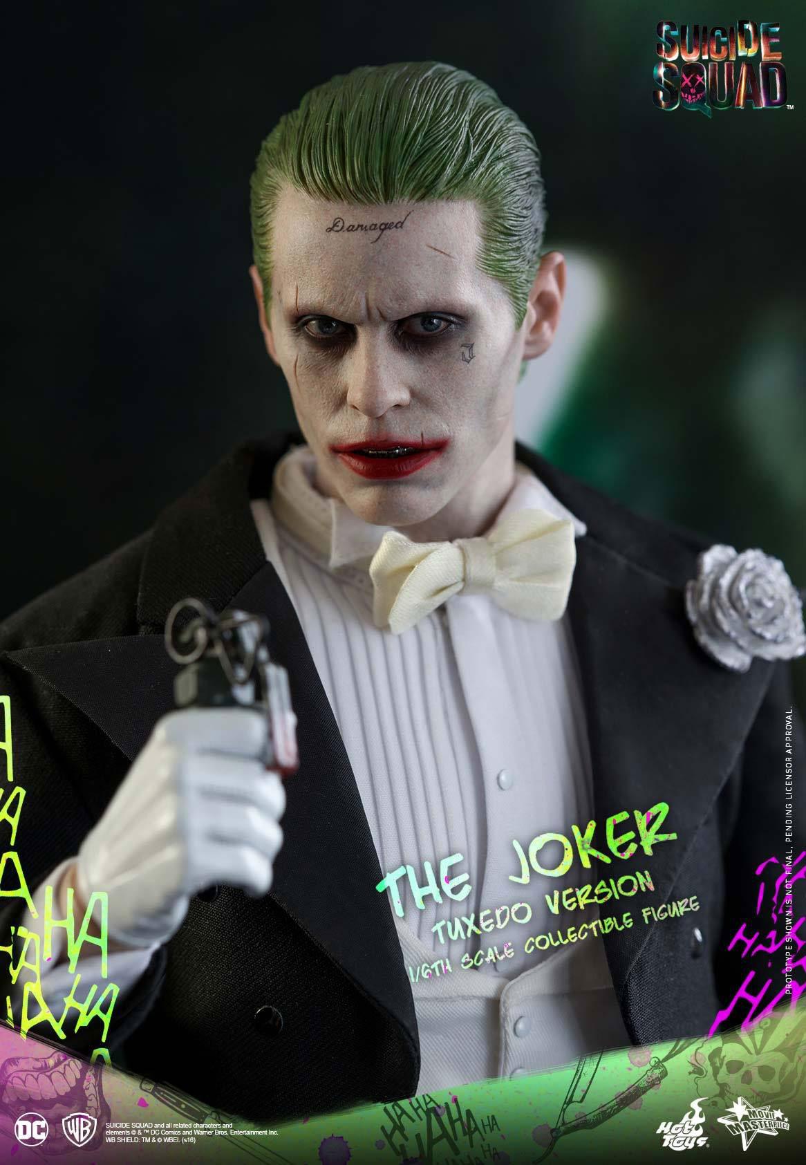suicide-squad-hot-toys-joker-tuxedo-figure-2