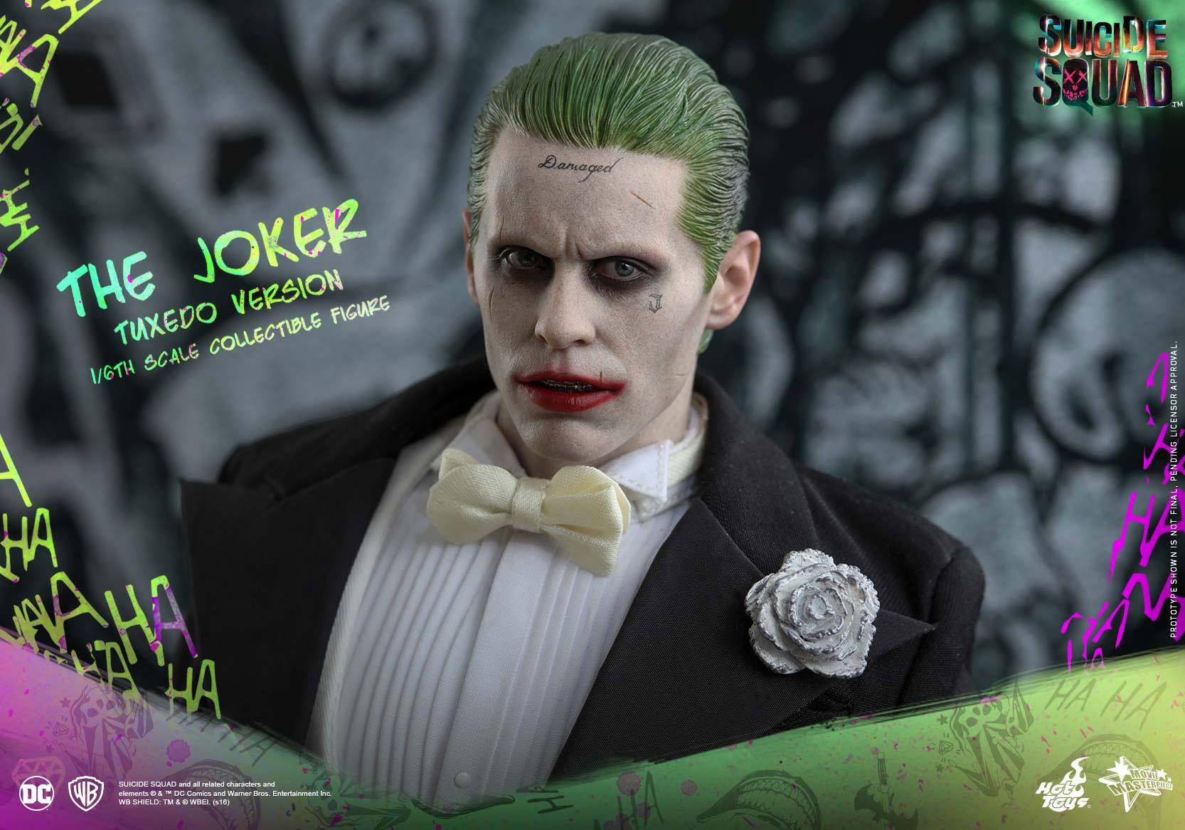 suicide-squad-hot-toys-joker-tuxedo-figure-9