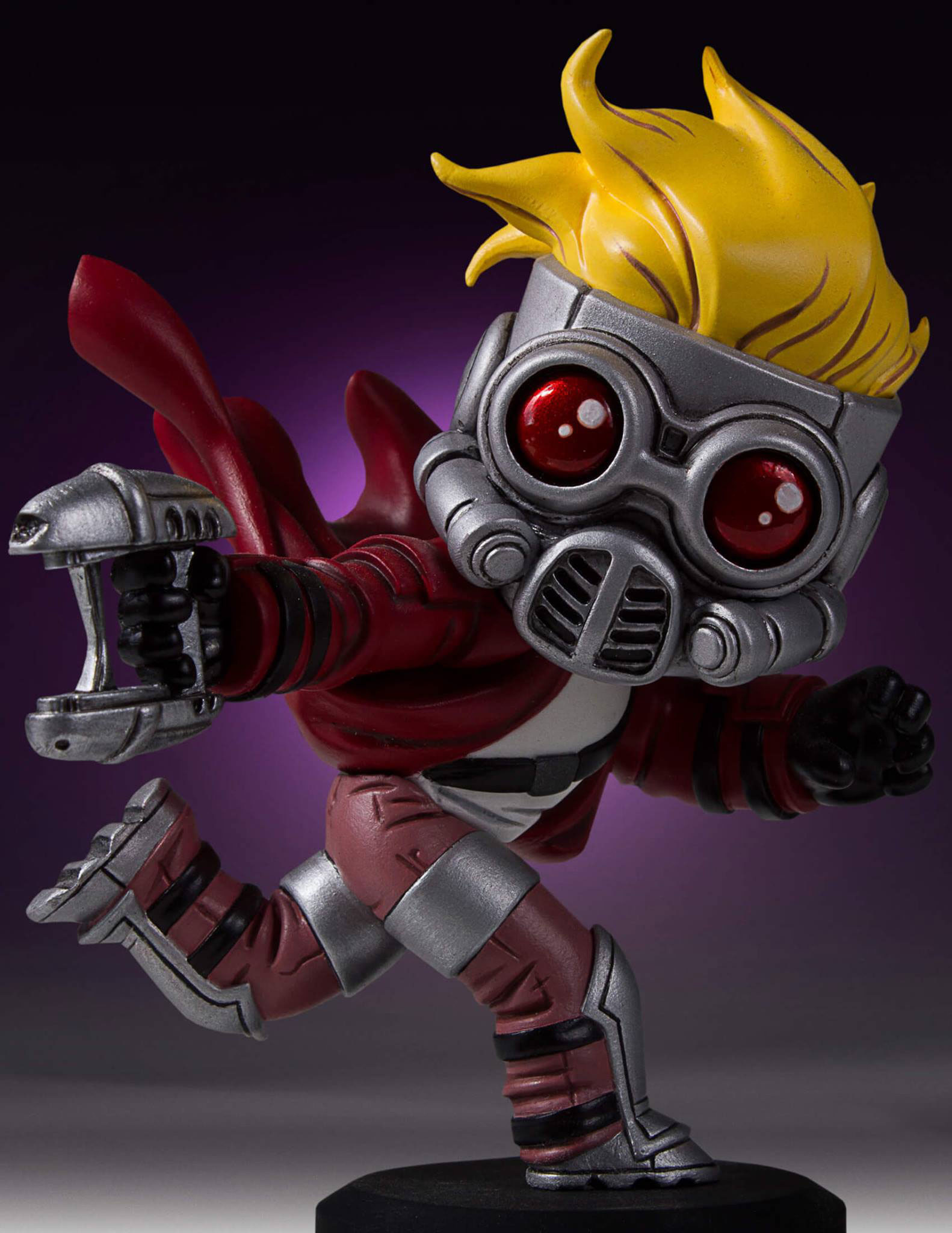 gentle-giant-star-lord-guardians-of-the-galaxy-statue-3