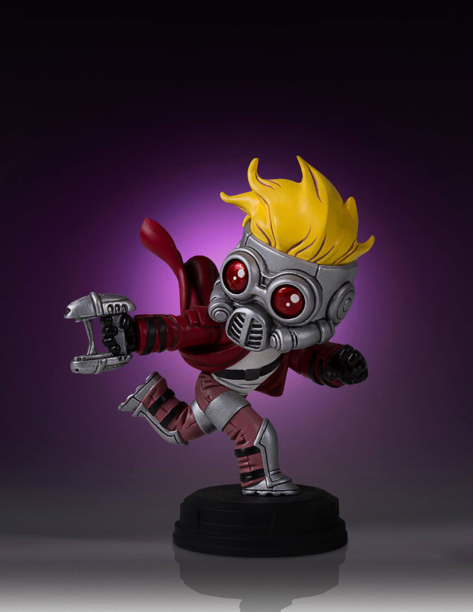gentle-giant-star-lord-guardians-of-the-galaxy-statue-5
