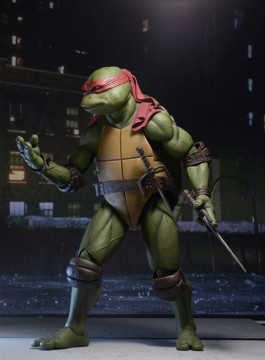 neca-14-scale-tmnt-1990-movie-raphael-figure-2