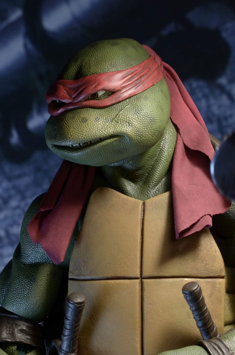 neca-14-scale-tmnt-1990-movie-raphael-figure-7