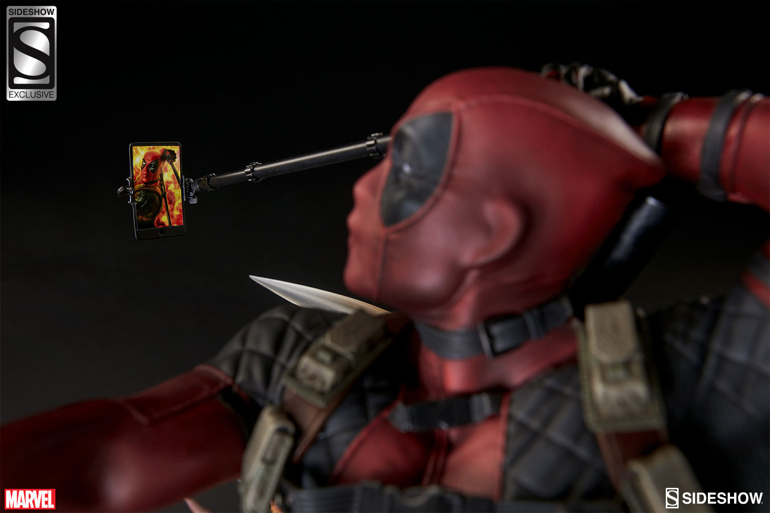 sideshow-deadpool-heatseeker-premium-figure-10