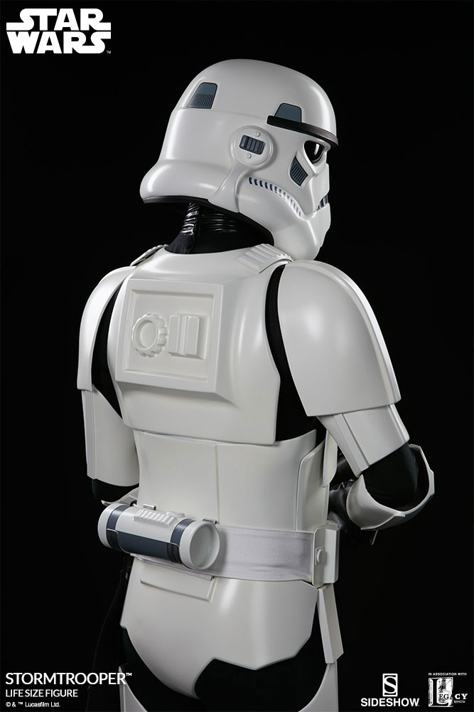 sideshow-life-size-stormtrooper-8