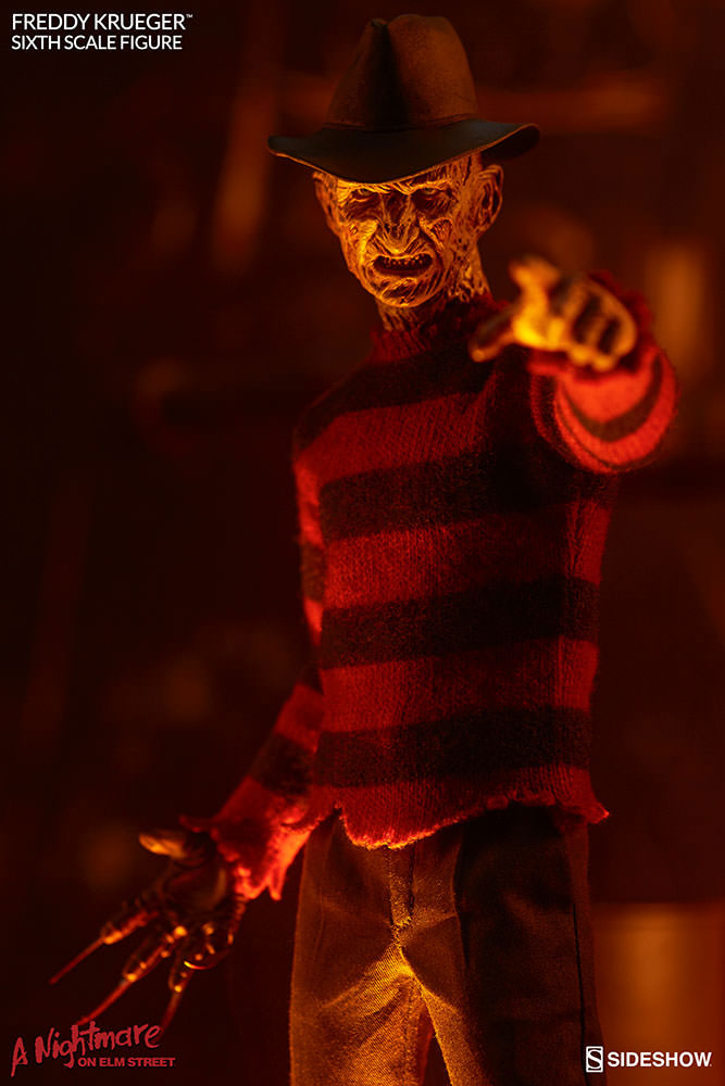 sideshow-nightmare-on-elm-street-freddy-krueger-sixth-scale-fgure-2