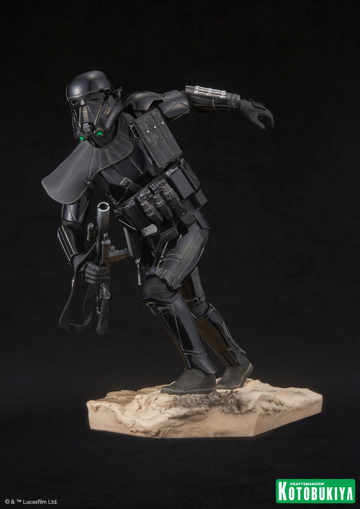 Rogue-One-Death-Trooper-ARTFX-Statue-002