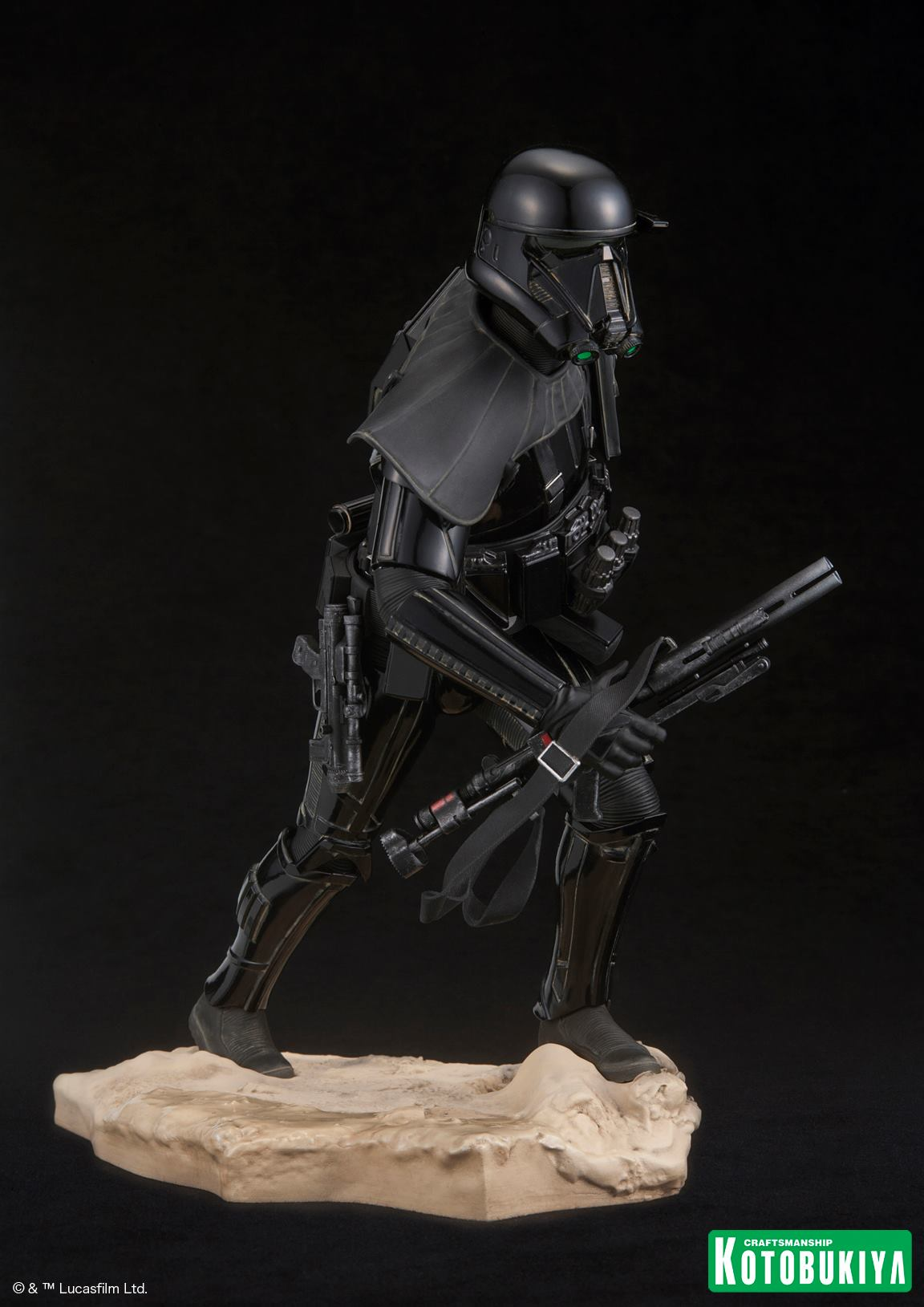 Rogue-One-Death-Trooper-ARTFX-Statue-003