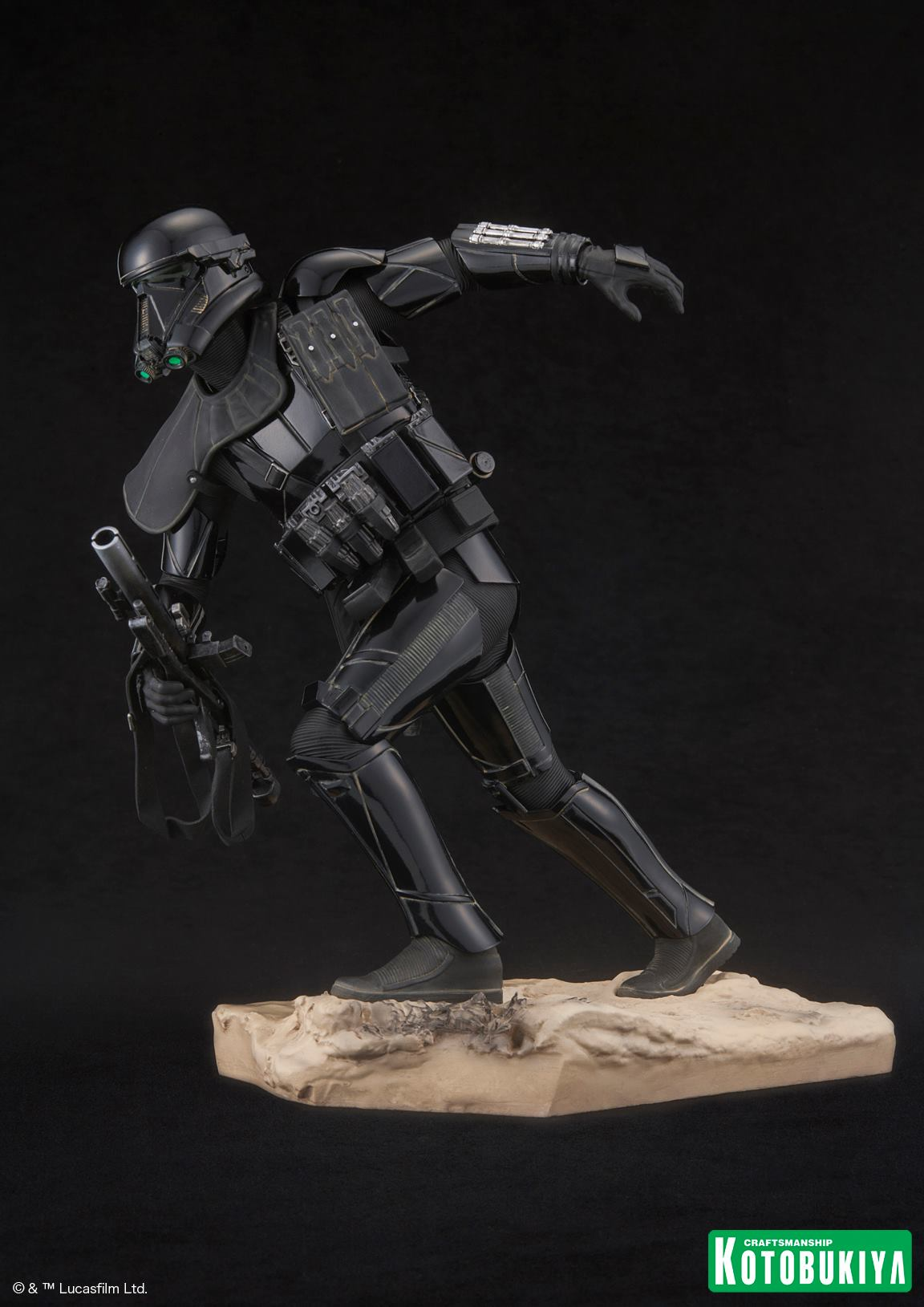 Rogue-One-Death-Trooper-ARTFX-Statue-009