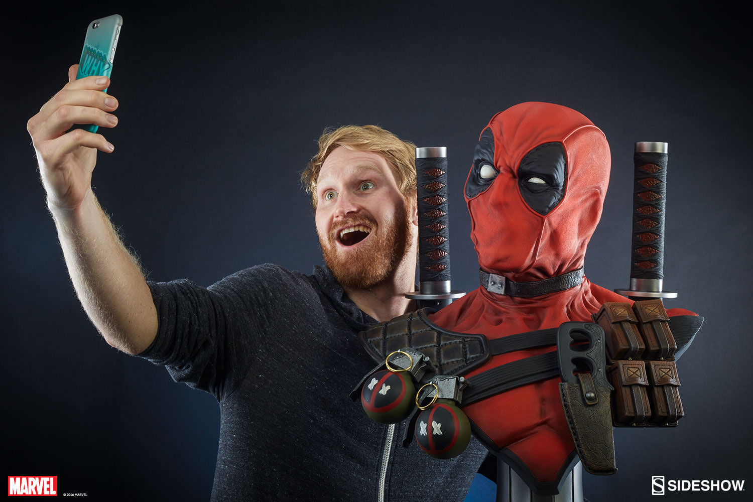 deadpool-lifesize-bust-sideshow-1