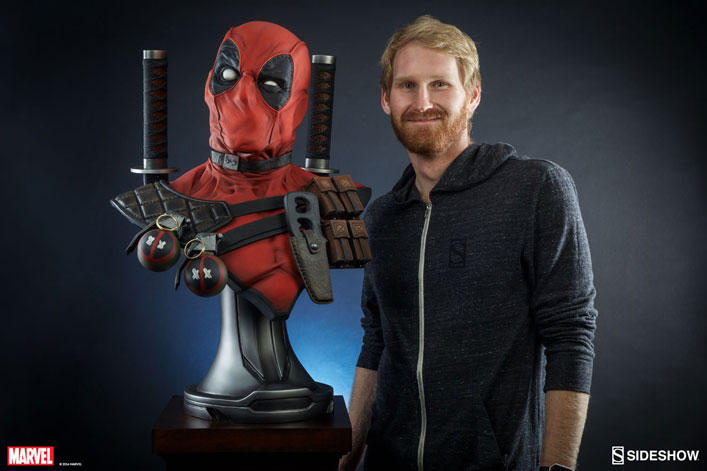deadpool-lifesize-bust-sideshow-3