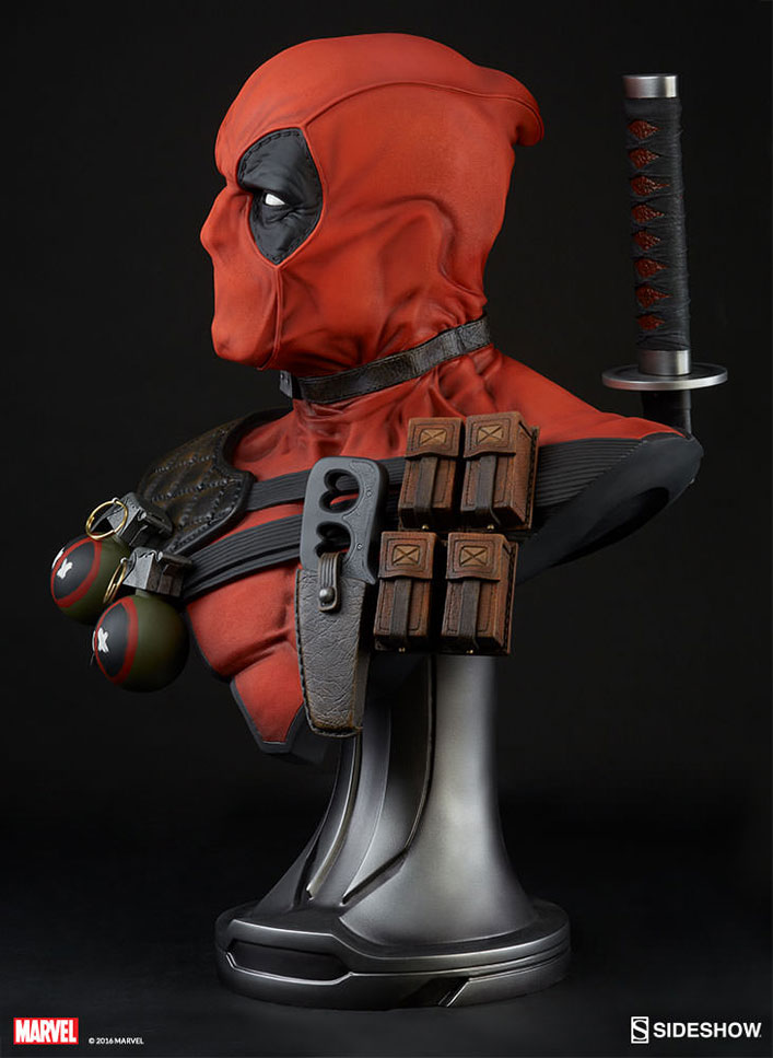 deadpool-lifesize-bust-sideshow-7