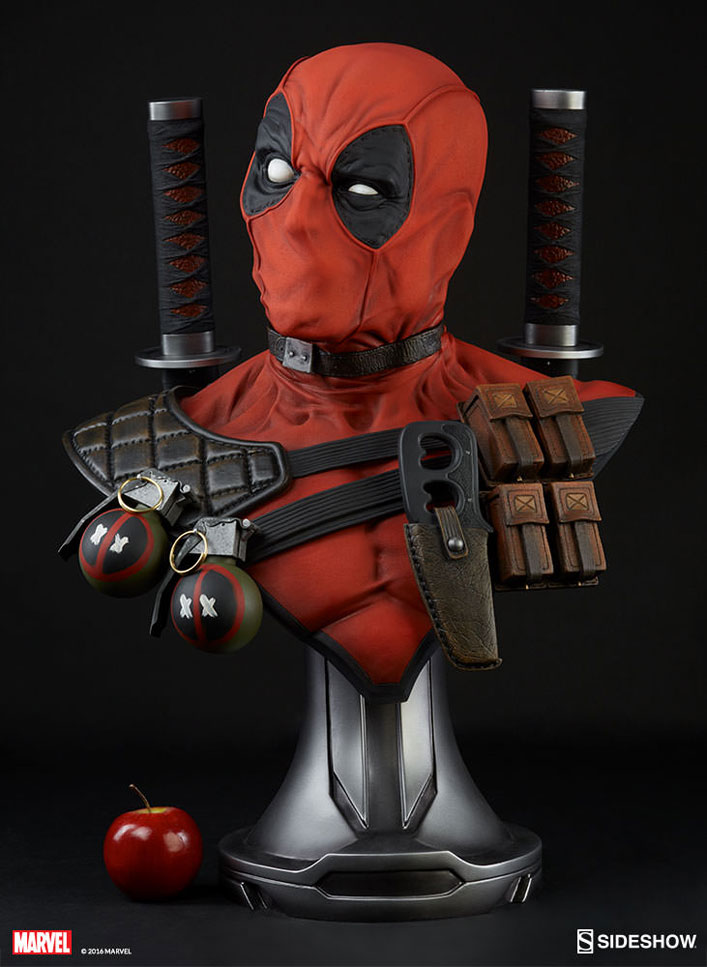 deadpool-lifesize-bust-sideshow-8