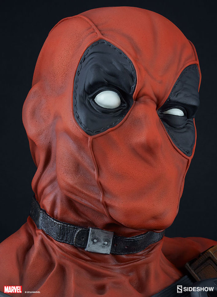 deadpool-lifesize-elf-sideshow-10
