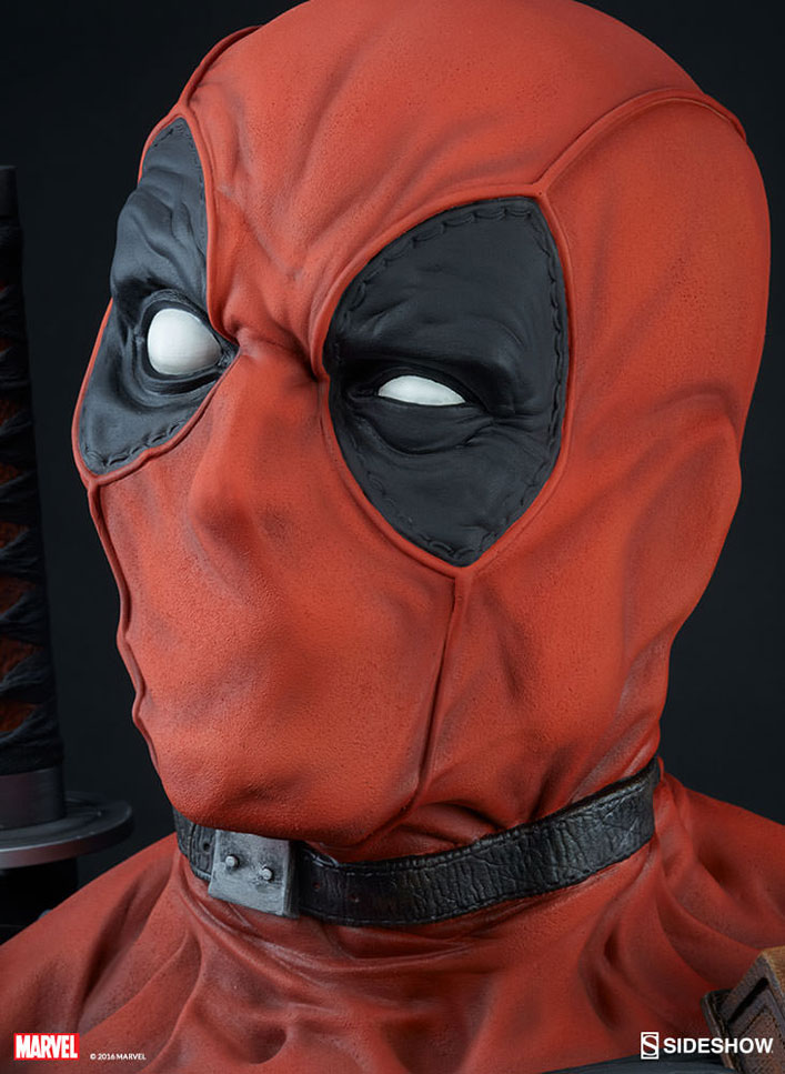 deadpool-lifesize-elf-sideshow-9